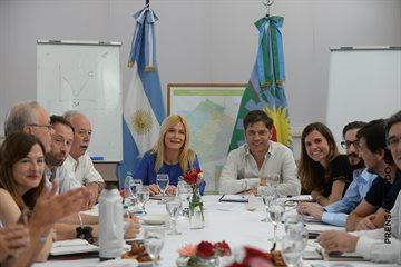 Magario participó junto a Kicillof de una reunión de gabinete con ministros y ministras bonaerenses
