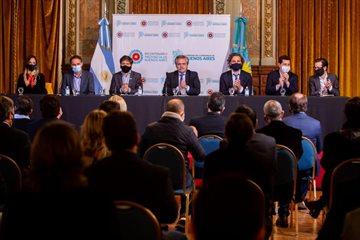 Magario participó del lanzamiento del FIM anunciado por Alberto Fernández