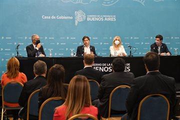 Verónica Magario participó junto a Axel Kicillof de la presentación de la agenda normativa 2021
