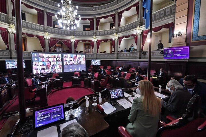 Por unanimidad, se aprobó la ley que autoriza a la Provincia a comprar vacunas contra el Covid